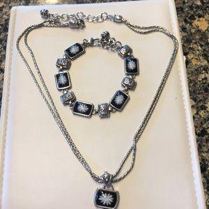 Necklace and bracelet match
